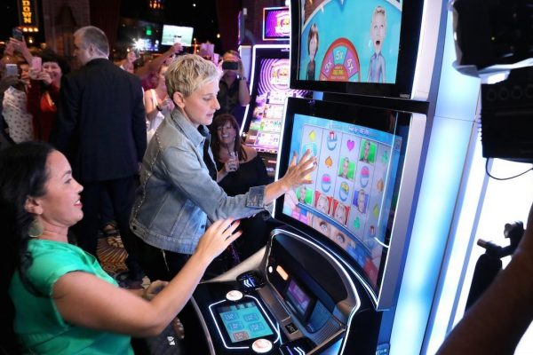 Aspects That Make You Think Twice Before Playing Slot Machines